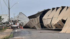 Temporal causa destruição em vários bairros de Ji-Paraná